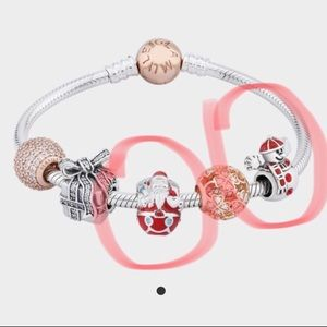 Jewelry - Glamulet Christmas Charms!